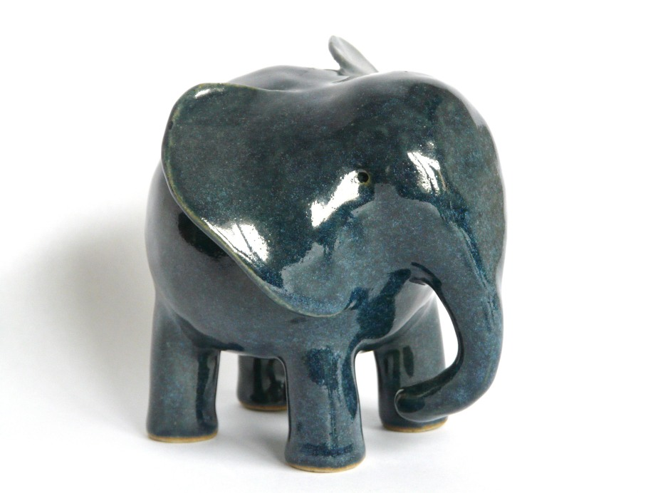 Martine Greig – Lovely Ceramic Elephants